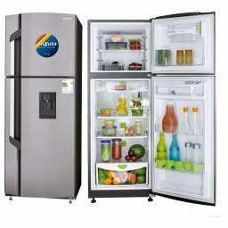 Refrigerador Frío Seco 258Lts c/dispensador